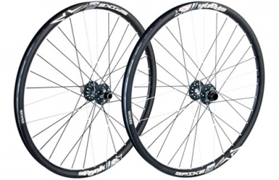 spank paire de roues spike 27 5 race axes 20mm et 9 12x135mm noir