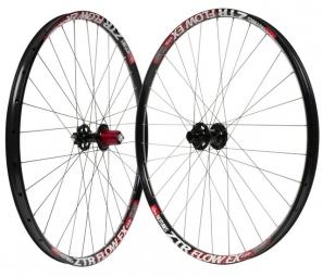 notubes paire de roues ztr flow ex 29 15mm 9x135 mm noir