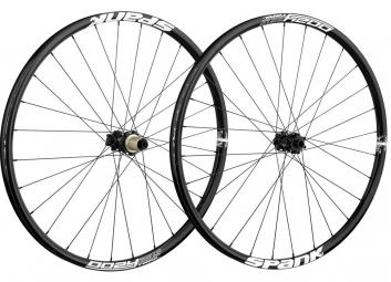 spank paire de roues oozy trail 295 27 5 15mm 12x142mm noir