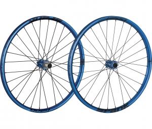 spank paire de roues oozy trail 260 27 5 15mm 12x142mm bleu