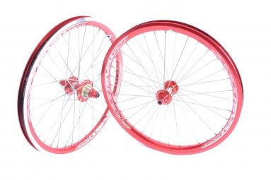 pride paire de roues rival exp expert 1 3 8 rouge