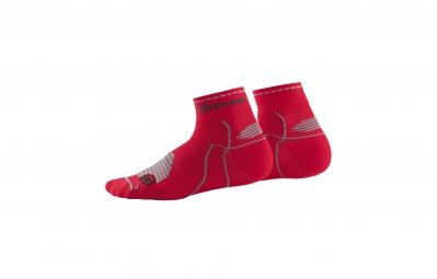 skins paire de chaussettes performance quarter rouge