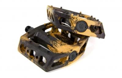 fit pedales mac plastiques noir beige