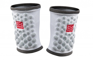 compressport paire de proteges poignets 3d dots blanc
