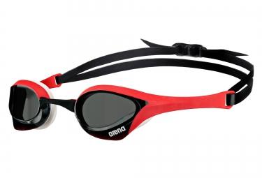 lunettes de natation arena cobra ultra rouge noir