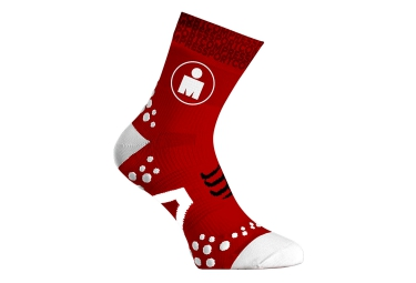 paire de chaussettes compressport pro racing socks v2 1 run ironman rouge