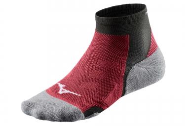 paire de chaussettes mizuno drylite trail noir rouge