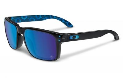 lunettes oakley holbrook rio noir bleu iridium ref oo9102 a8