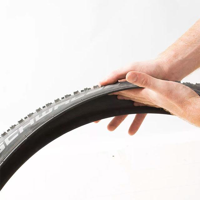 vérifier l'état du pneu