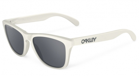 OAKLEY Lunettes FROGSKINS Matte Cloud / Black Iridium Polarized Ref OO9013-13
