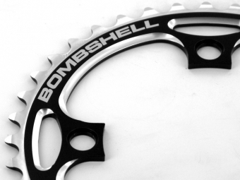 BOMBSHELL Couronne 4 Points Noir