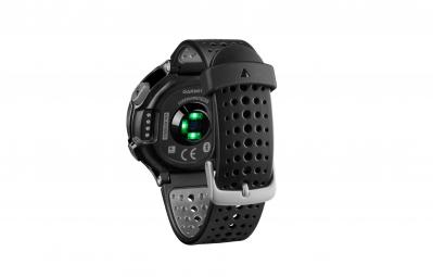 GARMIN Montre GPS Forerunner 235 (Cardio-fréquencemètre intégré) Noir/Rouge