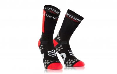 COMPRESSPORT Paire de chaussettes PRO RACING SOCK V2.1 BIKE Noir Rouge
