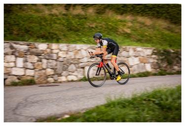Vélo Complet BOARDMAN ATT 9.0 Shimano 105 11V 2016 Noir/Rouge