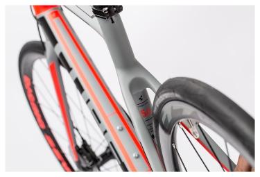Vélo de Route Cube Attain GTC Pro Disc Shimano 105 11v Gris Rouge