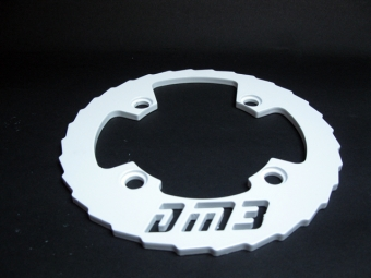 DM3 Bash Guard Alu 32-36 Dents Blanc